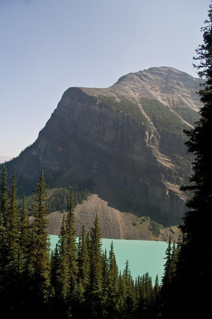 First view of Lake Louise from the Lake Agnes trail