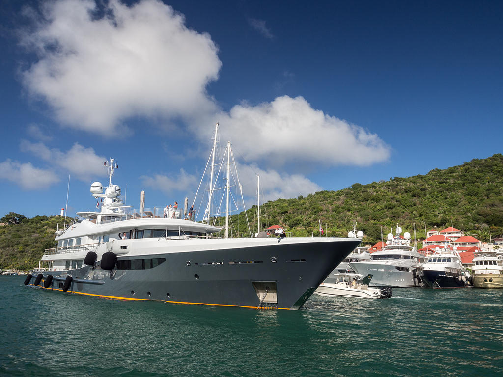 Yacht coming in to anchor in Gustavia, Saint Barthélemy