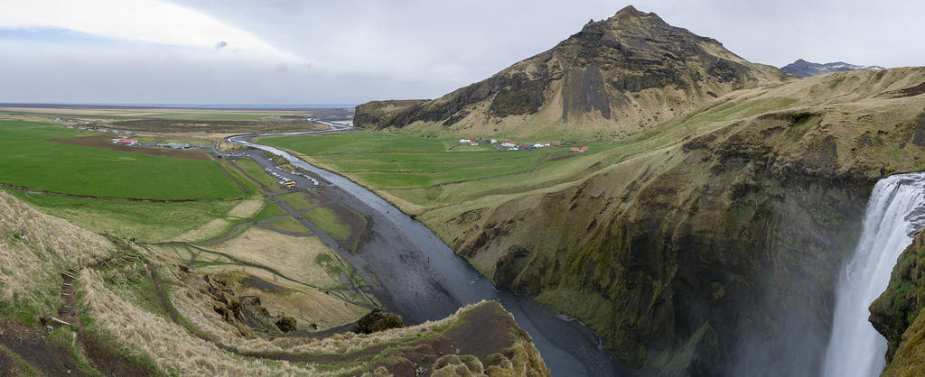 Skógafoss and valley view