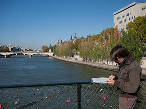 Sketching on Pont des Arts
