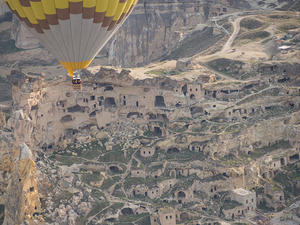 Cappadocia Balloon flight over Çavuşin