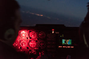 Beechcraft Duchess sunset flight