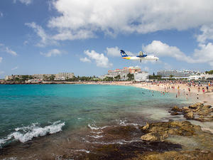 Leeward Islands Air Transport SXM