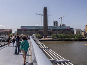 Tate and Millennium Bridge