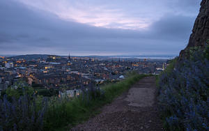 Edinburgh begins to light